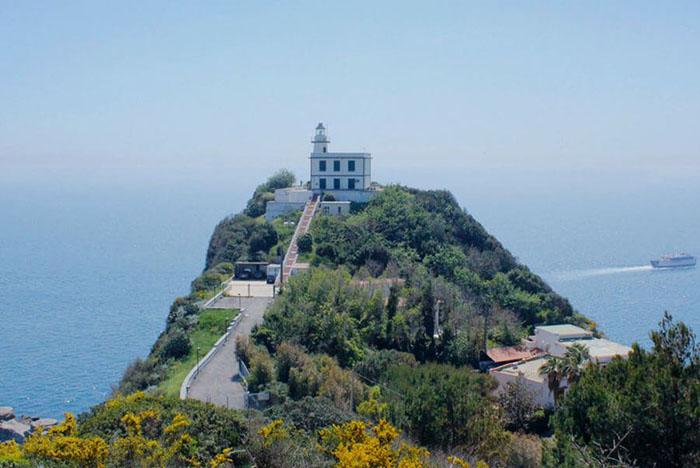 Faro di Capo Miseno